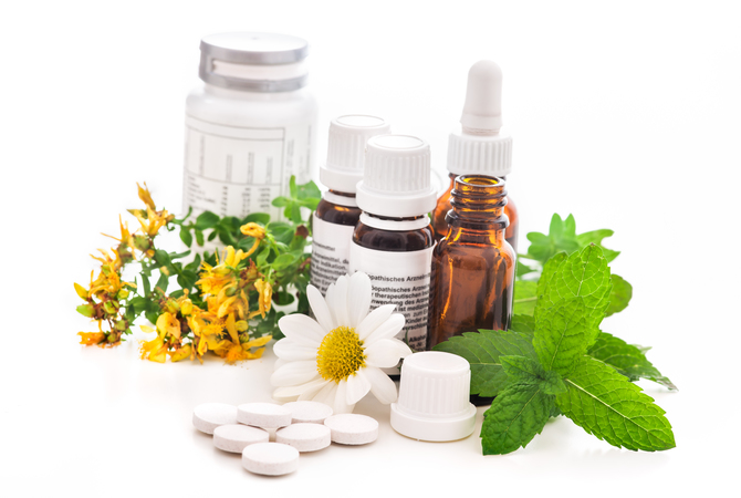 Plants and ingredients making up supplements and medications for horses.
