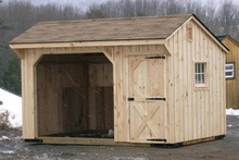 A new run-in shed for a horse.